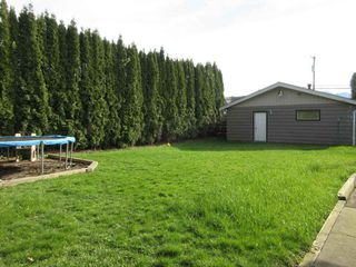 Photo 18: 8908 GLENWOOD STREET in Chilliwack: Chilliwack W Young-Well House for sale : MLS®# R2060442