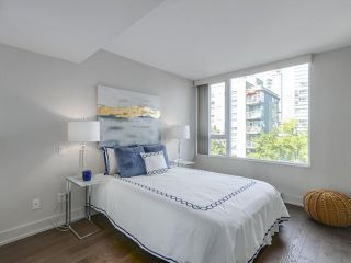 Photo 10: 406 590 NICOLA STREET in Vancouver: Coal Harbour Condo for sale (Vancouver West)  : MLS®# R2302772