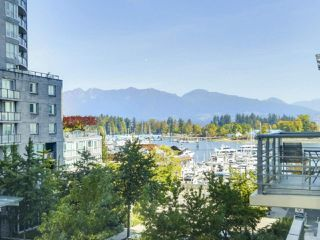 Photo 1: 406 590 NICOLA STREET in Vancouver: Coal Harbour Condo for sale (Vancouver West)  : MLS®# R2302772