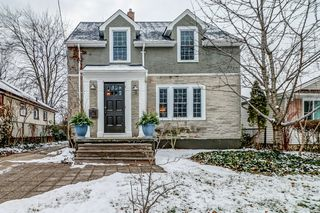 Photo 1: 35 McDonald Street in St. Catharines: House for sale : MLS®# H4044771