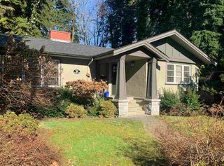 Main Photo: 905 LAWSON Avenue in West Vancouver: Sentinel Hill House for sale : MLS®# R2437148