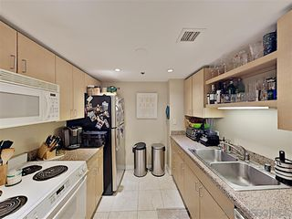 Photo 10: DOWNTOWN Condo for sale : 2 bedrooms : 425 W Beech #527 in San Diego