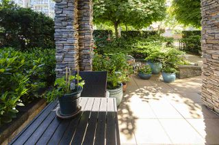 """Photo 7: 104 617 SMITH Avenue in Coquitlam: Coquitlam West Condo for sale in """"THE EASTON"""" : MLS®# R2479171"""