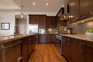 "Photo 10: 5050 SPRINGS Boulevard in Delta: Tsawwassen North House for sale in ""TSAWWASSEN SPRINGS"" (Tsawwassen)  : MLS®# R2484191"