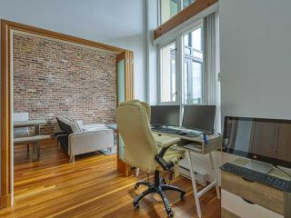 """Photo 10: 601 10 RENAISSANCE Square in New Westminster: Quay Condo for sale in """"MURANO LOFTS"""" : MLS®# R2502696"""