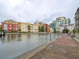 """Photo 20: 601 10 RENAISSANCE Square in New Westminster: Quay Condo for sale in """"MURANO LOFTS"""" : MLS®# R2502696"""