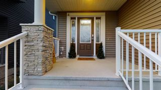 Photo 2: 3205 WINSPEAR Crescent in Edmonton: Zone 53 House for sale : MLS®# E4218092