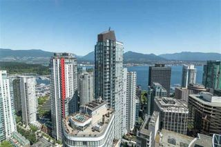 "Photo 10: 3706 1151 W GEORGIA Street in Vancouver: Coal Harbour Condo for sale in ""Trump International Hotel and Tower Vancouver"" (Vancouver West)  : MLS®# R2526184"