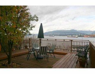 Photo 7: 2397 WALL ST in Vancouver: Hastings House for sale (Vancouver East)  : MLS®# V563356