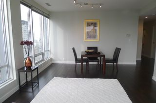 "Photo 3: 1601 989 NELSON Street in Vancouver: Downtown VW Condo for sale in ""THE ELECTRA"" (Vancouver West)  : MLS®# V929177"