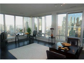 "Photo 17: 1601 989 NELSON Street in Vancouver: Downtown VW Condo for sale in ""THE ELECTRA"" (Vancouver West)  : MLS®# V929177"
