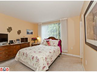 Photo 5: 201 15111 RUSSELL Avenue: White Rock Condo for sale (South Surrey White Rock)  : MLS®# F1220367