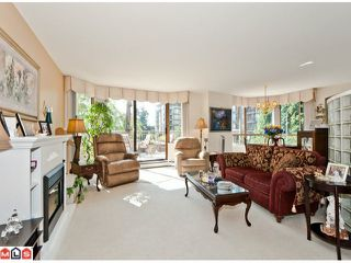Photo 2: 201 15111 RUSSELL Avenue: White Rock Condo for sale (South Surrey White Rock)  : MLS®# F1220367