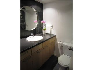 """Photo 4: # 107 2424 CYPRESS ST in Vancouver: Kitsilano Condo for sale in """"CYPRESS GARDENS"""" (Vancouver West)  : MLS®# V975899"""