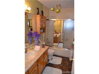 Photo 6: #305 - 3130 Louise STREET in Saskatoon: Nutana S.C. Condominium for sale (Saskatoon Area 02)  : MLS®# 454554