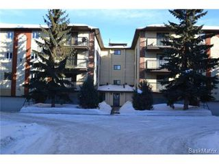 Photo 1: #305 - 3130 Louise STREET in Saskatoon: Nutana S.C. Condominium for sale (Saskatoon Area 02)  : MLS®# 454554