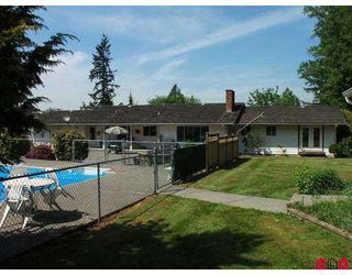 Photo 4: 26116 84 Avenue in Langley: Country Line Glen Valley House for sale : MLS®# F2625561