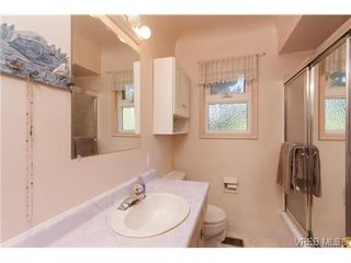 Photo 13: VICTORIA REAL ESTATE = GLANFORD HOME For Sale SOLD With Ann Watley.