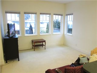 Photo 8: 439 W KEITH RD in North Vancouver: Lower Lonsdale Condo for sale : MLS®# V1049029