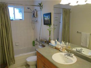 Photo 12: 439 W KEITH RD in North Vancouver: Lower Lonsdale Condo for sale : MLS®# V1049029