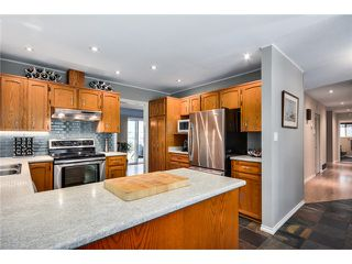 Photo 8: 5650 52ND AV in Ladner: Hawthorne House for sale : MLS®# V1060400