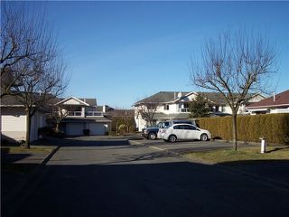 "Photo 2: 69 31406 UPPER MACLURE Road in Abbotsford: Abbotsford West Townhouse for sale in ""Estate of Ellwood"" : MLS®# F1416559"