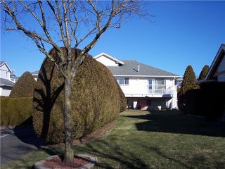 "Photo 4: 69 31406 UPPER MACLURE Road in Abbotsford: Abbotsford West Townhouse for sale in ""Estate of Ellwood"" : MLS®# F1416559"