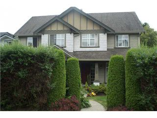 Main Photo: 251 E 10TH Street in North Vancouver: Central Lonsdale House 1/2 Duplex for sale : MLS®# V1077062