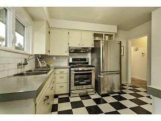 Photo 11: 438 E 17TH ST in North Vancouver: Central Lonsdale House for sale : MLS®# V1102876