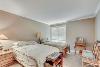 Photo 9: 301 17695 58 AVENUE in Surrey: Cloverdale BC Condo for sale (Cloverdale)  : MLS®# R2007220