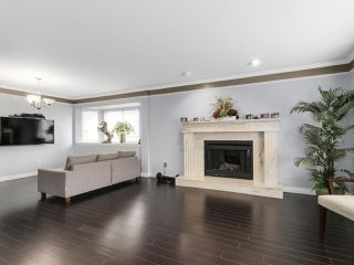 Photo 2: 5308 ROSS STREET in Vancouver: Knight House for sale (Vancouver East)  : MLS®# R2140103