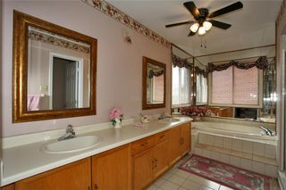 Photo 8: 1829 PILGRIMS Way in : 1007 - GA Glen Abbey FRH for sale (Oakville)  : MLS®# OM2003008