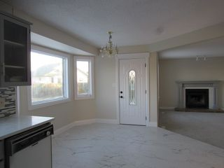 Photo 10: 4332 27 Street NW in Edmonton: House for rent