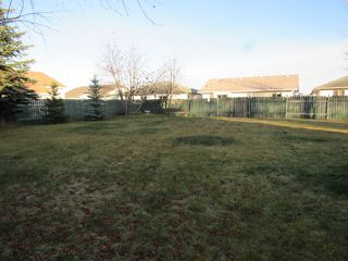 Photo 3: 4332 27 Street NW in Edmonton: House for rent
