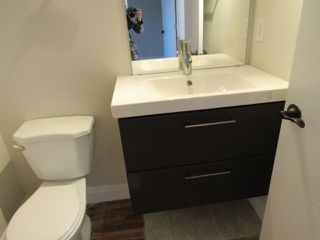 Photo 16: 4332 27 Street NW in Edmonton: House for rent
