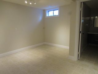 Photo 31: 4332 27 Street NW in Edmonton: House for rent