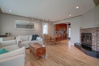 Photo 2: 15256 86 Avenue in Edmonton: Zone 22 House for sale : MLS®# E4166434