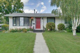 Photo 1: 15256 86 Avenue in Edmonton: Zone 22 House for sale : MLS®# E4166434