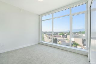 """Photo 10: 906 1788 GILMORE Avenue in Burnaby: Brentwood Park Condo for sale in """"Brentwood Park"""" (Burnaby North)  : MLS®# R2396240"""