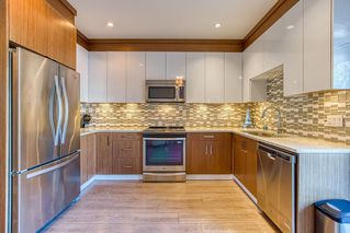 """Photo 1: 96 20860 76 Avenue in Langley: Willoughby Heights Townhouse for sale in """"LOTUS"""" : MLS®# R2401718"""