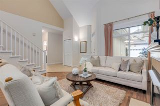"Photo 3: 29 14968 24 Avenue in Surrey: Sunnyside Park Surrey Townhouse for sale in ""Meridian Pointe"" (South Surrey White Rock)  : MLS®# R2397817"