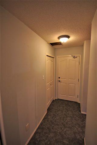 Photo 3: : St. Albert Condo for sale : MLS®# E4179166