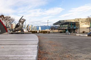 """Photo 18: 107 181 W 1ST Avenue in Vancouver: False Creek Condo for sale in """"BROOK"""" (Vancouver West)  : MLS®# R2422787"""