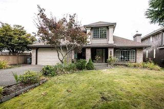 Photo 2: 17061 102 Avenue in Surrey: Fraser Heights House for sale (North Surrey)  : MLS®# R2438784