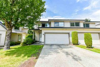 "Main Photo: 48 20881 87 Avenue in Langley: Walnut Grove Townhouse for sale in ""KEW GARDENS"" : MLS®# R2473757"
