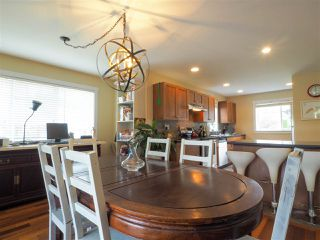 """Photo 3: 38623 CHERRY Drive in Squamish: Valleycliffe House for sale in """"Ravens Plateau"""" : MLS®# R2480344"""