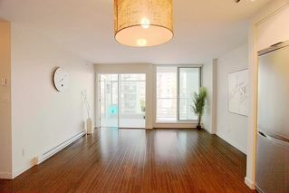 """Photo 8: 1117 161 W GEORGIA Street in Vancouver: Downtown VW Condo for sale in """"Cosmo"""" (Vancouver West)  : MLS®# R2502361"""