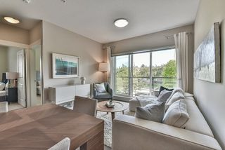 """Photo 4: 208 5811 177B Street in Surrey: Cloverdale BC Condo for sale in """"LATIS"""" (Cloverdale)  : MLS®# R2508787"""