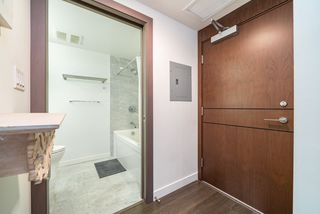 Photo 3: 917 68 SMITHE Street in Vancouver: Downtown VW Condo for sale (Vancouver West)  : MLS®# R2519013