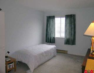 """Photo 6: 215 9682 134TH ST in Surrey: Whalley Condo for sale in """"Parkwoods"""" (North Surrey)  : MLS®# F2607013"""